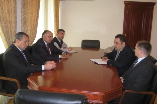 Discussion with the Syunik Governor (Kapan, 02.05.2011)