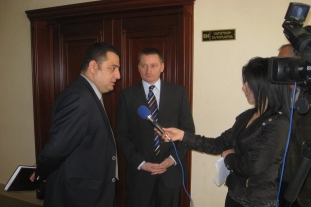 Vahe Mambreyan's and Gunther Loiskandl's briefing to Syunik Region media (Kapan, 02.05.2011)