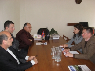 Working discussion with Deputy Governor of Syunik Region Ara Dolunts (Kapan, 19.11.2009)